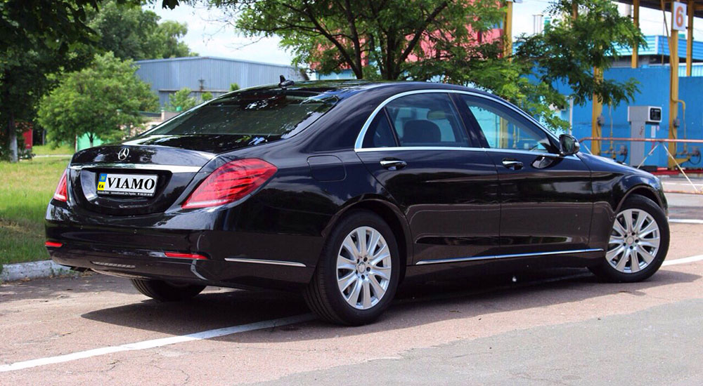 Mercedes-Benz S350D Long 4Matic (w222) в аренду от компании «VIAMO rent auto»